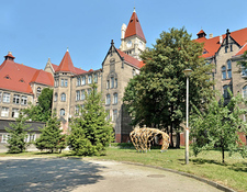 Medium wroclaw campus